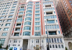 199 Lake Shore Drive, Chicago, Illinois 60611, 3 Bedrooms Bedrooms, 8 Rooms Rooms,3 BathroomsBathrooms,Condo,For Sale,Lake Shore,09814062