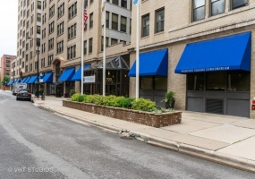 740 Federal Street, Chicago, Illinois 60605, 2 Bedrooms Bedrooms, 5 Rooms Rooms,2 BathroomsBathrooms,Condo,For Sale,Federal,10425688