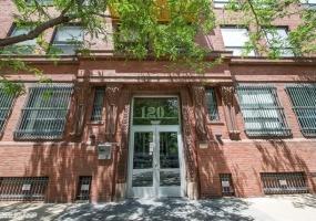 120 Cullerton Street, CHICAGO, Illinois 60616, 2 Bedrooms Bedrooms, 7 Rooms Rooms,2 BathroomsBathrooms,Condo,For Sale,Cullerton,10419960