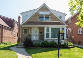 6751 Ozanam Avenue, Chicago, Illinois 60631, 4 Bedrooms Bedrooms, 8 Rooms Rooms,3 BathroomsBathrooms,Single Family Home,For Sale,Ozanam,10425359