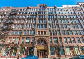 711 Dearborn Street, CHICAGO, Illinois 60605, 3 Bedrooms Bedrooms, 6 Rooms Rooms,2 BathroomsBathrooms,Condo,For Sale,Dearborn,10446012