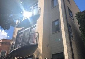3416 Franklin Boulevard, Chicago, Illinois 60624, 2 Bedrooms Bedrooms, 5 Rooms Rooms,2 BathroomsBathrooms,Condo,For Sale,Franklin,10450349