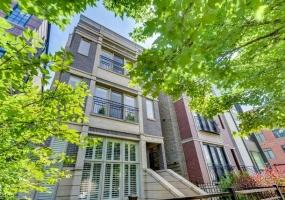 1541 MONTANA Street, Chicago, Illinois 60614, 2 Bedrooms Bedrooms, 5 Rooms Rooms,2 BathroomsBathrooms,Condo,For Sale,MONTANA,10485320