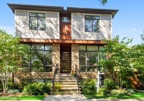 2026 Wilson Avenue, Chicago, Illinois 60625, 6 Bedrooms Bedrooms, 12 Rooms Rooms,4 BathroomsBathrooms,Single Family Home,For Sale,Wilson,10507185