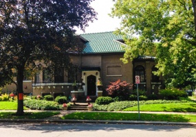2501 Lunt Avenue, Chicago, Illinois 60645, 5 Bedrooms Bedrooms, 14 Rooms Rooms,3 BathroomsBathrooms,Single Family Home,For Sale,Lunt,10507604