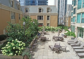 25 Superior Street, Chicago, Illinois 60611, 5 Bedrooms Bedrooms, 9 Rooms Rooms,3 BathroomsBathrooms,Condo,For Sale,Superior,10508207
