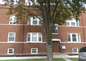 4130 HENDERSON Street, Chicago, Illinois 60641, 12 Bedrooms Bedrooms, 26 Rooms Rooms,Two To Four Units,For Sale,HENDERSON,10512334