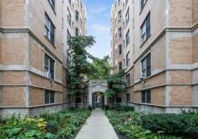 609 Stratford Place, Chicago, Illinois 60657, 2 Bedrooms Bedrooms, 5 Rooms Rooms,2 BathroomsBathrooms,Condo,For Sale,Stratford,10521975