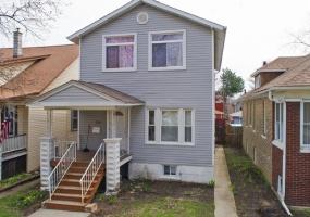 4447 LA CROSSE Avenue, Chicago, Illinois 60630, 6 Bedrooms Bedrooms, 12 Rooms Rooms,3 BathroomsBathrooms,Single Family Home,For Sale,LA CROSSE,10526497