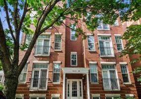 1822 Sheffield Avenue, Chicago, Illinois 60614, 3 Bedrooms Bedrooms, 7 Rooms Rooms,3 BathroomsBathrooms,Condo,For Sale,Sheffield,10530265