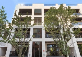 226 Green Street, Chicago, Illinois 60607, 4 Bedrooms Bedrooms, 8 Rooms Rooms,3 BathroomsBathrooms,Condo,For Sale,Green,10536958