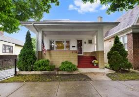 5115 Kildare Avenue, Chicago, Illinois 60630, 3 Bedrooms Bedrooms, 6 Rooms Rooms,2 BathroomsBathrooms,Single Family Home,For Sale,Kildare,10539301