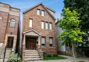 3417 Oakley Avenue, Chicago, Illinois 60618, 5 Bedrooms Bedrooms, 11 Rooms Rooms,3 BathroomsBathrooms,Single Family Home,For Sale,Oakley,10540250