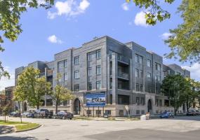 5748 Hermitage Avenue, Chicago, Illinois 60660, 3 Bedrooms Bedrooms, 6 Rooms Rooms,2 BathroomsBathrooms,Condo,For Sale,Hermitage,10540821