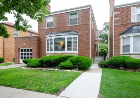 6133 Lawndale Avenue, Chicago, Illinois 60659, 7 Bedrooms Bedrooms, 12 Rooms Rooms,2 BathroomsBathrooms,Single Family Home,For Sale,Lawndale,10541703