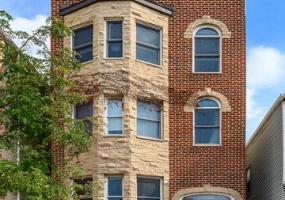 1331 Bosworth Avenue, Chicago, Illinois 60642, 3 Bedrooms Bedrooms, 7 Rooms Rooms,3 BathroomsBathrooms,Condo,For Sale,Bosworth,10538648