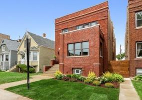 3346 Cullom Avenue, Chicago, Illinois 60618, 5 Bedrooms Bedrooms, 10 Rooms Rooms,3 BathroomsBathrooms,Single Family Home,For Sale,Cullom,10548416