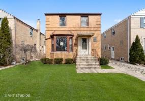 5068 Balmoral Avenue, Chicago, Illinois 60630, 3 Bedrooms Bedrooms, 7 Rooms Rooms,1 BathroomBathrooms,Single Family Home,For Sale,Balmoral,10549782