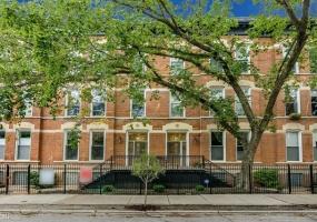 452 Armitage Avenue, Chicago, Illinois 60614, 2 Bedrooms Bedrooms, 5 Rooms Rooms,2 BathroomsBathrooms,Condo,For Sale,Armitage,10541007