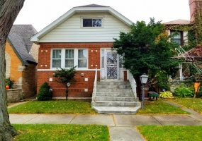5836 Drake Avenue, Chicago, Illinois 60659, 3 Bedrooms Bedrooms, 7 Rooms Rooms,2 BathroomsBathrooms,Single Family Home,For Sale,Drake,10554205