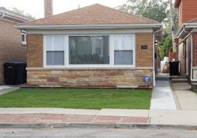 5544 California Avenue, Chicago, Illinois 60625, 4 Bedrooms Bedrooms, 8 Rooms Rooms,2 BathroomsBathrooms,Single Family Home,For Sale,California,10554314
