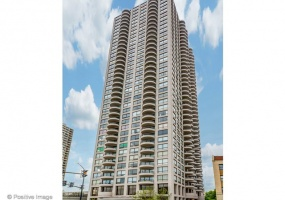 2020 LINCOLN PARK WEST, Chicago, Illinois 60614, 2 Bedrooms Bedrooms, 5 Rooms Rooms,2 BathroomsBathrooms,Condo,For Sale,LINCOLN PARK WEST,10465743