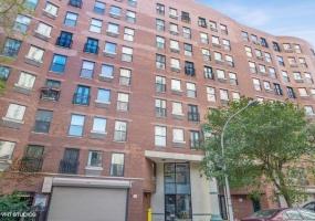 711 GORDON Terrace, Chicago, Illinois 60613, 2 Bedrooms Bedrooms, 5 Rooms Rooms,1 BathroomBathrooms,Condo,For Sale,GORDON,10557386