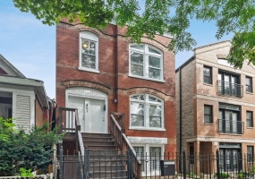 851 MOZART Street, Chicago, Illinois 60622, 6 Bedrooms Bedrooms, 12 Rooms Rooms,Two To Four Units,For Sale,MOZART,10559256