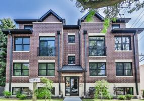 4845 Keystone Avenue, Chicago, Illinois 60630, 3 Bedrooms Bedrooms, 6 Rooms Rooms,2 BathroomsBathrooms,Condo,For Sale,Keystone,10572976