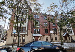 3417 Hollywood Avenue, Chicago, Illinois 60659, 2 Bedrooms Bedrooms, 5 Rooms Rooms,1 BathroomBathrooms,Condo,For Sale,Hollywood,10564134