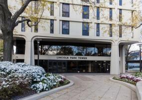 1960 Lincoln Park West Avenue, Chicago, Illinois 60614, 1 Bedroom Bedrooms, 5 Rooms Rooms,1 BathroomBathrooms,Condo,For Sale,Lincoln Park West,10568231