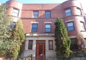 3839 WILTON Avenue, Chicago, Illinois 60613, 1 Bedroom Bedrooms, 4 Rooms Rooms,1 BathroomBathrooms,Condo,For Sale,WILTON,10581911