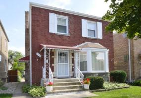 6313 Ridgeway Avenue, Chicago, Illinois 60659, 3 Bedrooms Bedrooms, 7 Rooms Rooms,1 BathroomBathrooms,Single Family Home,For Sale,Ridgeway,10526207