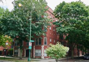 1263 GRANVILLE Avenue, Chicago, Illinois 60660, 2 Bedrooms Bedrooms, 6 Rooms Rooms,2 BathroomsBathrooms,Condo,For Sale,GRANVILLE,10579494