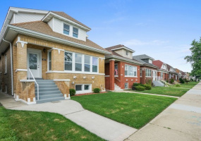 3612 Luna Avenue, Chicago, Illinois 60641, 6 Bedrooms Bedrooms, 11 Rooms Rooms,4 BathroomsBathrooms,Single Family Home,For Sale,Luna,10583476