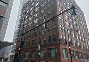 801 Wells Street, Chicago, Illinois 60607, 2 Bedrooms Bedrooms, 5 Rooms Rooms,1 BathroomBathrooms,Condo,For Sale,Wells,10586608
